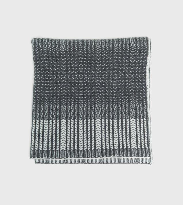 Hilary Grant blanket